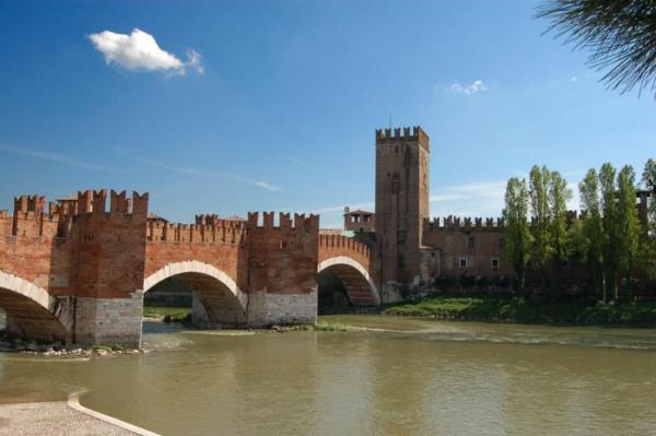 castelvecchio-e-ponte-scaligero.jpg
