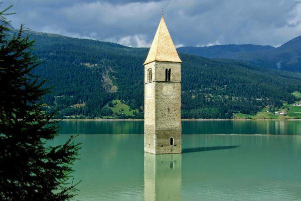 1-lago_di_resia_e_campanile_sommerso_1.jpg