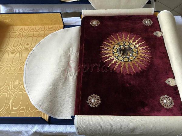 10-Bibbia-di-Federico-da-Montefeltro-1.jpg