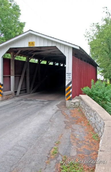 11-covered-bridge-lancaster-amish-country.jpg