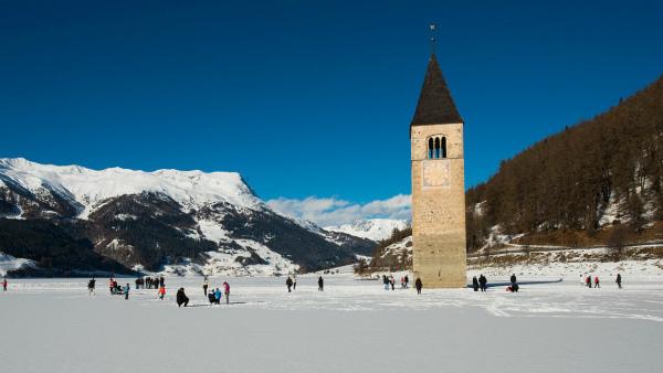11-inverno_campanile_lago_curon_venosta_.jpg