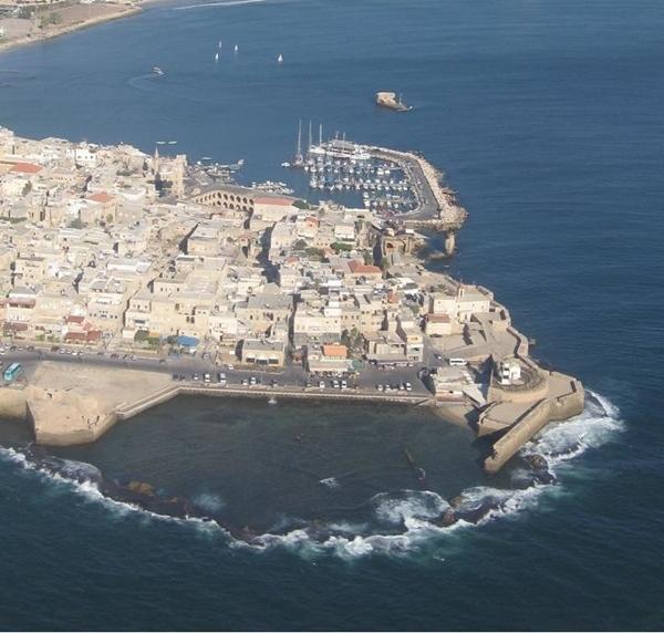 14-City_of_Acre,_Israel_(aerial_view,_2005).jpg