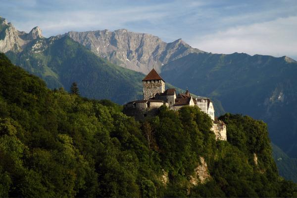 14-Schlossvaduz.jpg