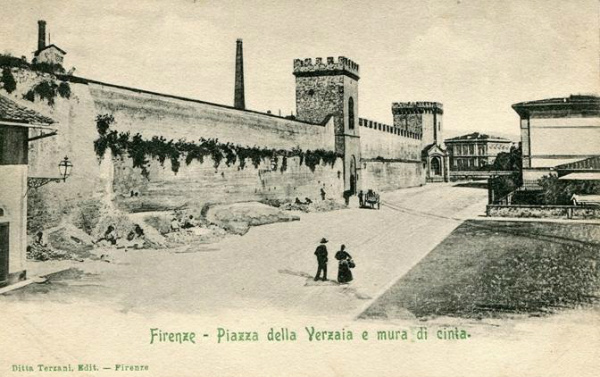 15-piazza verzaia.jpg