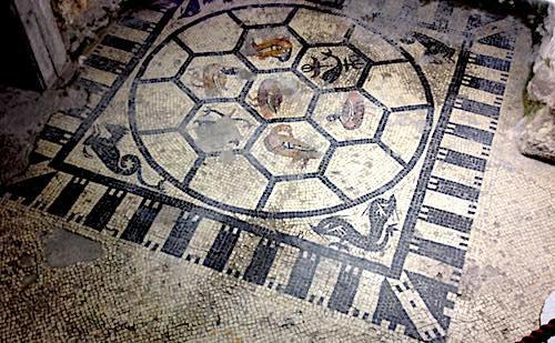 15-scavi-scaligeri-mosaico.jpg