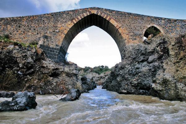 16-ponte_saraceni_shutterstock_39976600.jpg