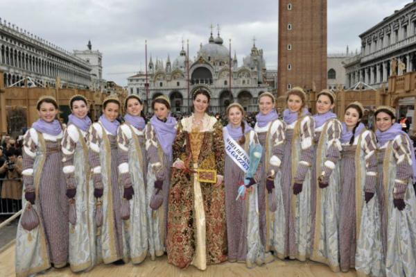 17-.Premiazione-della-Maria-del-Carnevale-2018-e1516879818762.jpg