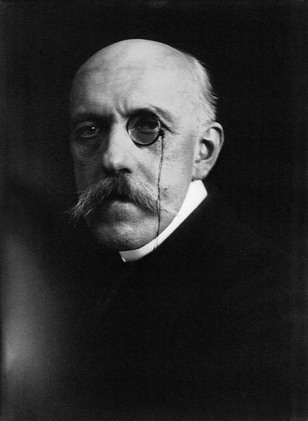 18-Henri_de_Régnier-1917.jpg