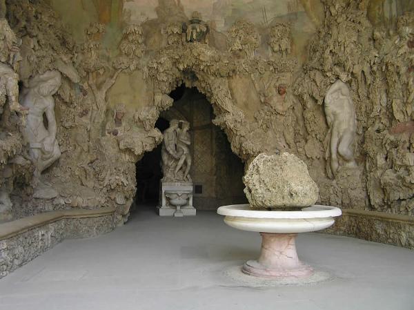 22-Grotta-del-Buontalenti-Giardino-di-Boboli-Firenze-Italia.-.jpg
