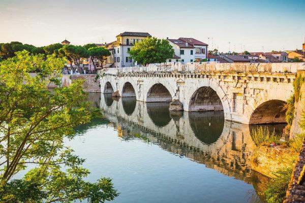 24-ponte_tiberio_rimini_shutterstock_205287616.jpg
