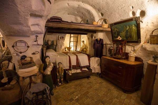 27-1-Casa-Grotta-a-Matera_GF.jpg
