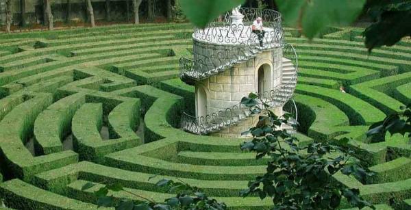3-3-labirinto-villa-pisani.jpg