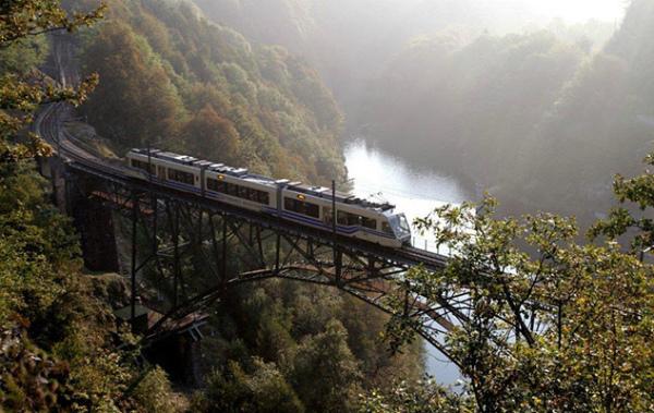 3-treno-foliage-vigezzina.jpg