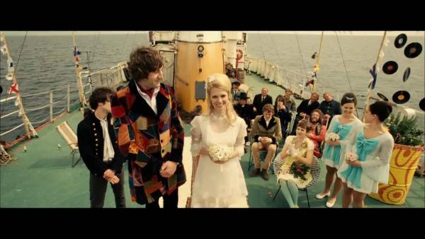 30--sThe-Boat-that-rocked-Wedding.jpg