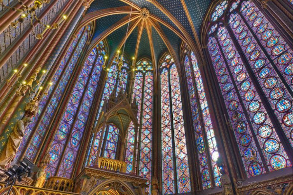 5-2-Sainte-Chapelle-le-alte-vetrate-della-Cappella-dedicata-a-Gesù-768x511.jpg