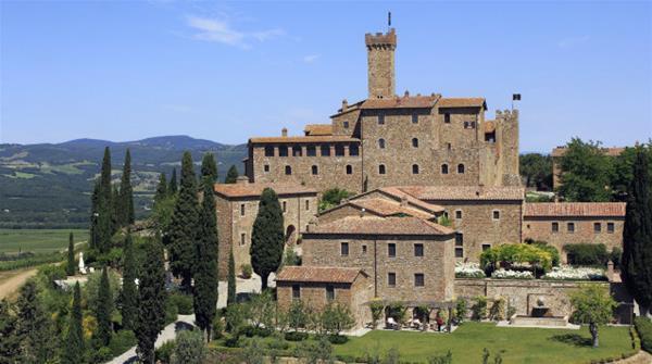 5-3-castello-banfi-il-borgo_GF.jpg