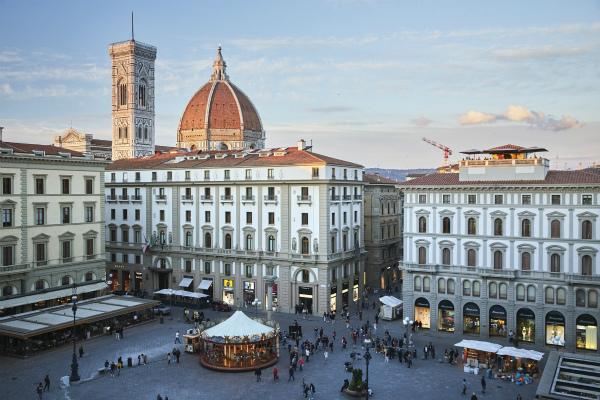 5-_Hotel_Savoy_Piazza_della_Repubblica.jpg