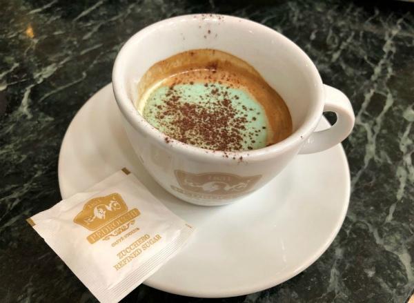 5-caffe pedrocchi3.jpg