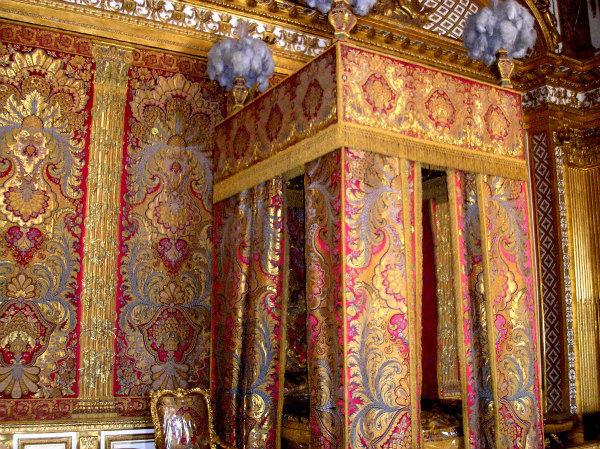 6-1-camera da letto del re.jpg