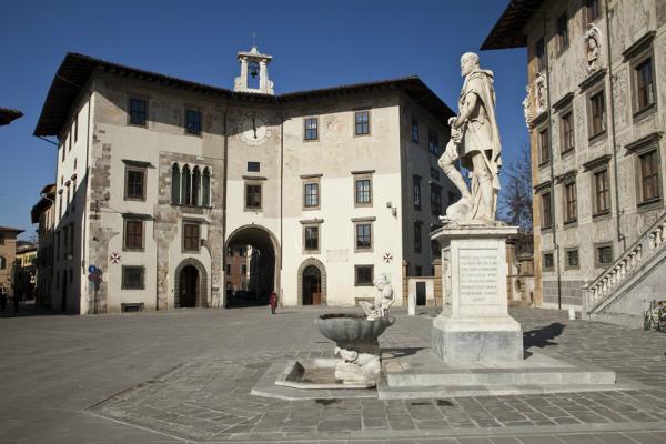 6-7-Piazza-dei-Cavalieri-Pisa-58423-2.jpg