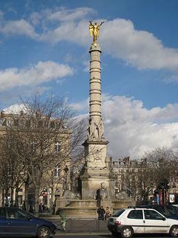 6-8-Place_du_Châtelet_-_monument.jpg