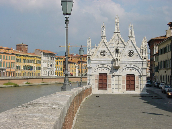 7-6-960px-Santa_maria_della_spina_101.jpg