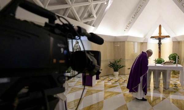 7-_riti_della_settimana_santa_con_il_papa_senza_fedeli_ma_in_diretta_streaming.jpg