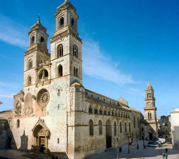 7-cattedrale-Altamura.jpg