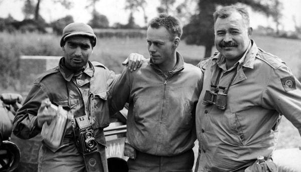 8-parigi 1944-hemingway-new-story.imgcache.rev.web.1015.579.jpg