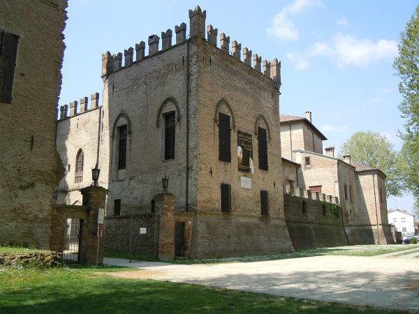 82-San_Secondo-Rocca_dei_Rossi.jpg