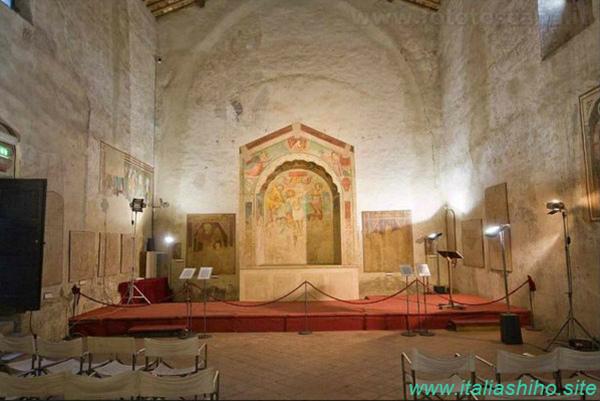 86-2-sL'iterno della chiesa dei SS. Tommaso e Prospero_GF.jpg