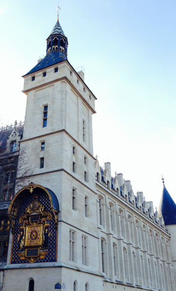 9-4-la torre d'orologio.jpg