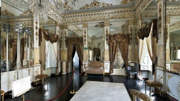 9-castello-donnafugata-sala-degli-specchi.jpg