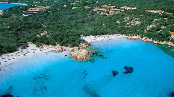 9-spiaggia-di-capriccioli-arzachena.jpg