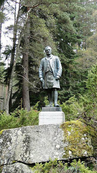 John_Brown_statue_Balmoral.jpg