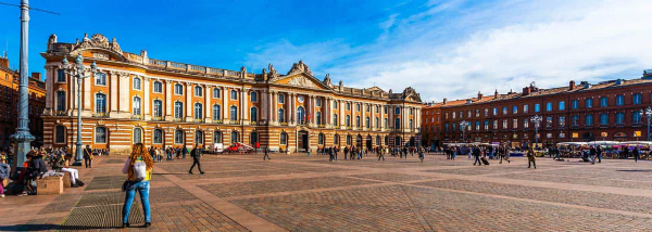 Toulouse-square.jpg